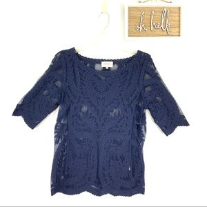 Laundry by Shelli Segal blue lace tee size S